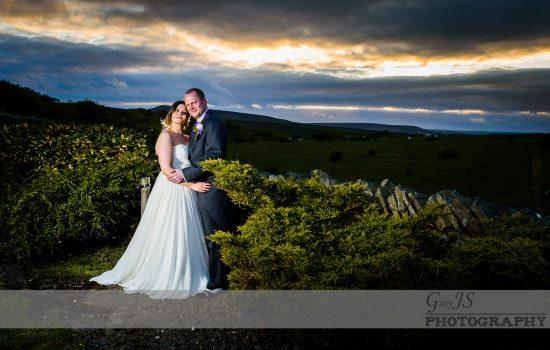 Huntsman Inn Wedding Photography – Holmfirth Emma and Lee